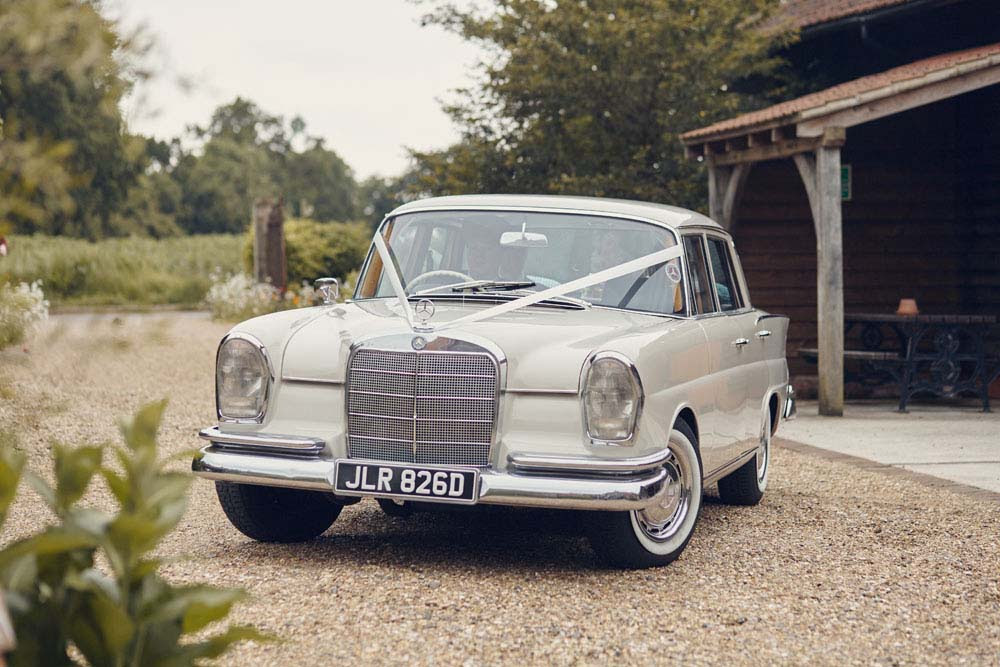 vintage mercedes wedding car in Sudbury, Suffolk - www.helloromance.co.uk