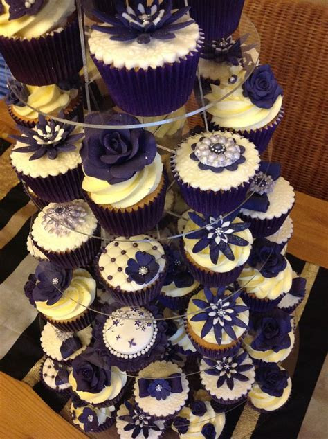 1000  ideas about Purple Wedding Cupcakes on Pinterest