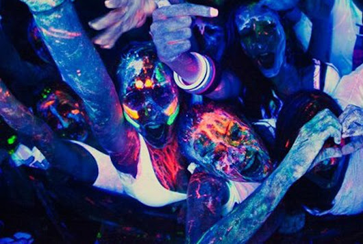 Tips for Throwing a Black Light Party for Teens - My Teen Guide