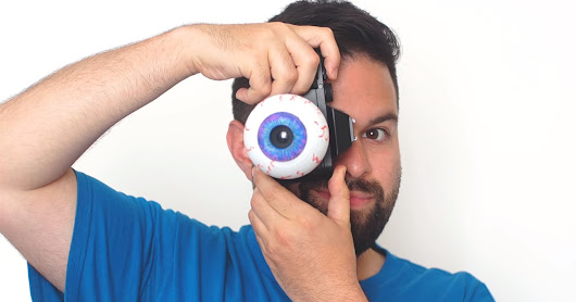 This Photographer Made a Working Eyeball Camera Lens