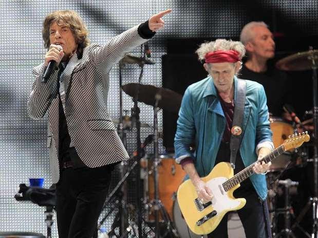 Mick Jagger e Keith Richards na apresentação dos Rolling Stones da turnê '50 and Counting', em Newark, Nova Jersey, EUA Foto: Carlo Allegri / Reuters