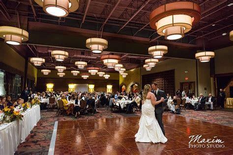 Cincinnati Wedding Photographers Oscar Event Center Wedding