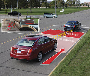 English: Collision Warning with Brake Support