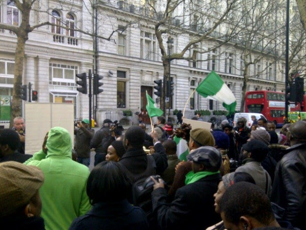 Nigeria To Challenge UK On Plans To Deport 29,000 Nigerians