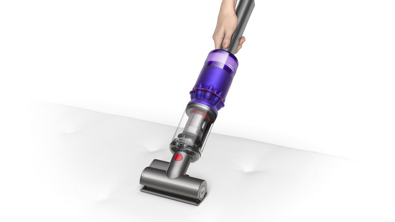 Dyson-vaccuum-cleaner
