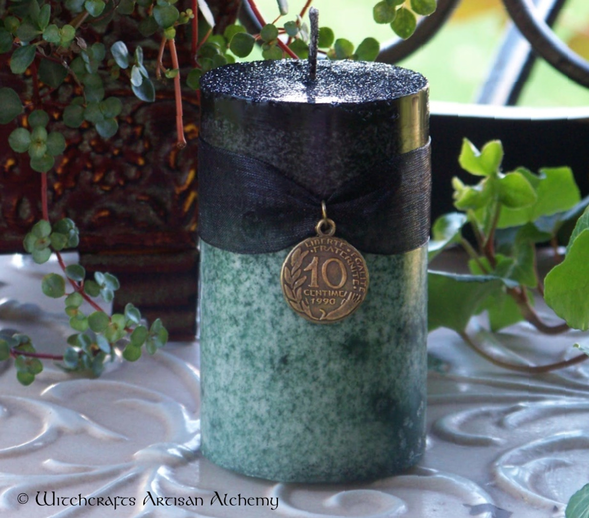 WITCH'S MAGIC MONEY Double Action Black Over Green Pillar ...