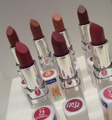 FREE Nivea Pure and Natural Lipstick to Test