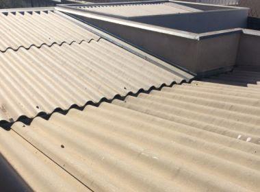 Apesar de proibição do STF, Eternit retoma mineração de amianto para produzir telhas