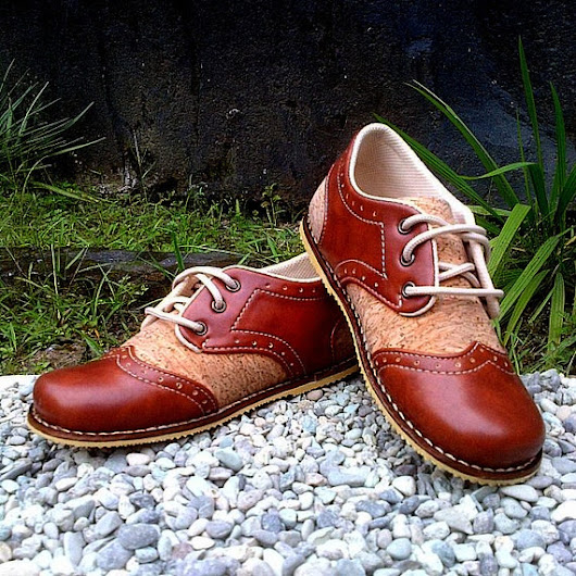 Kids Shoes Brogue Saddle Brown by MewowShoes on Etsy