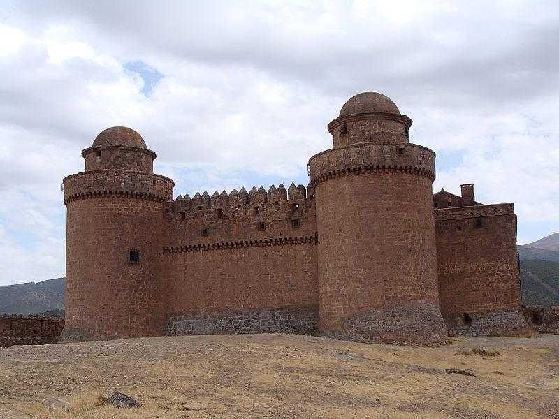 Archivo: El castillo de la Calahorra.JPG