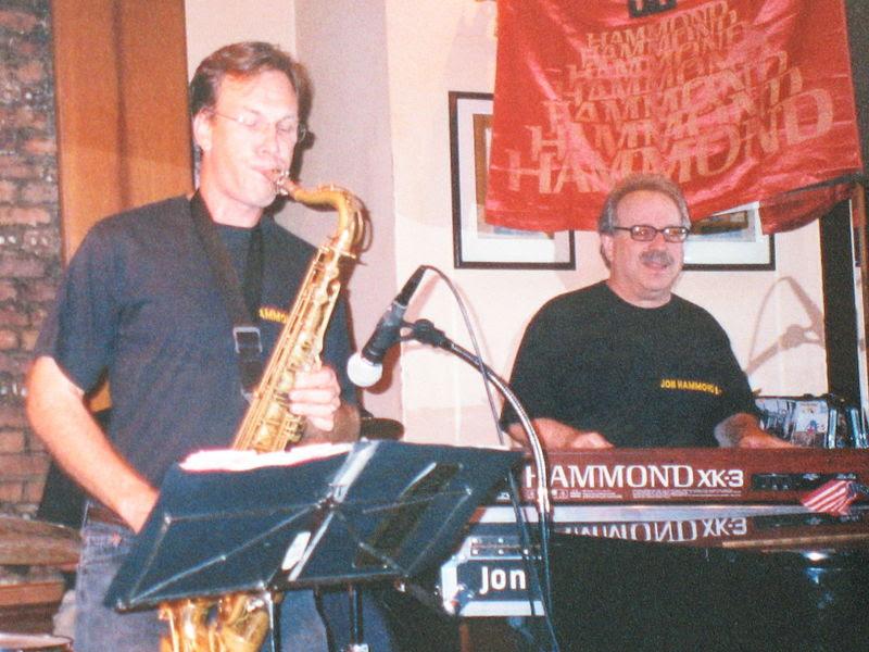 File:Saxophonist Tim Armacost and organist Jon Hammond on XK-3 Hammond organ.jpg