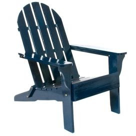 Watch the world go by in this classic Adirondack chair, offering a convenient folding design for simple storage.