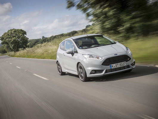 Ford Fiesta ST200 new car review by CompleteCar.ie