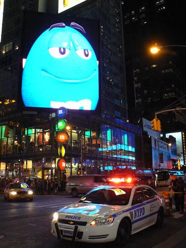 NYPD et M&M's.jpg