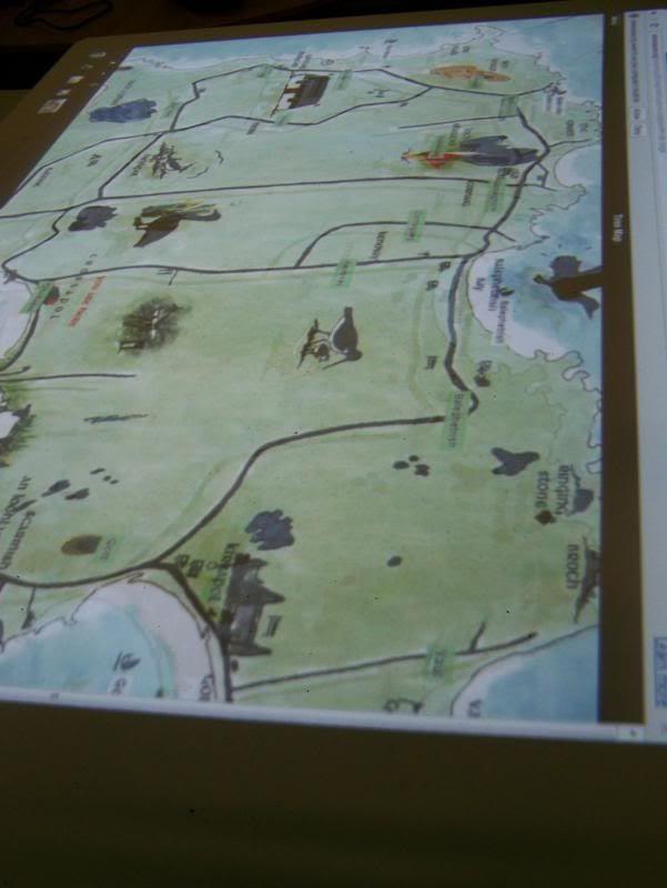 photo TouchtableMap_zpsd1521edf.jpg