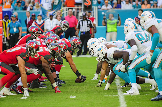 Dolphins vs Buccaneers – Game Photos
