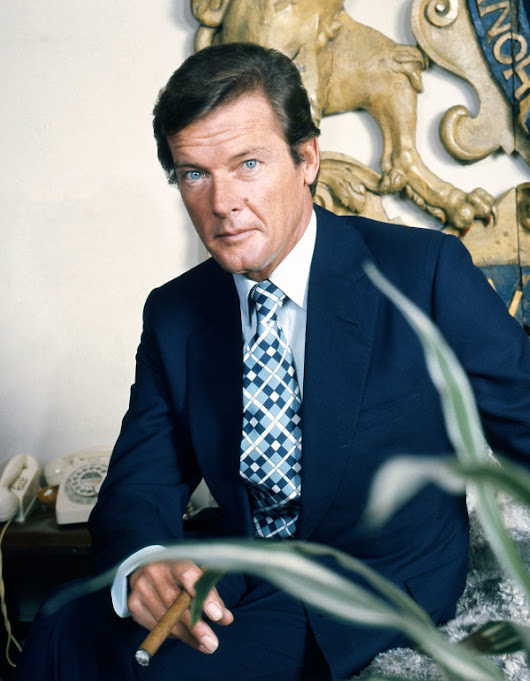 MI6 Confidential announces double-issue Roger Moore tribute | The James Bond Dossier