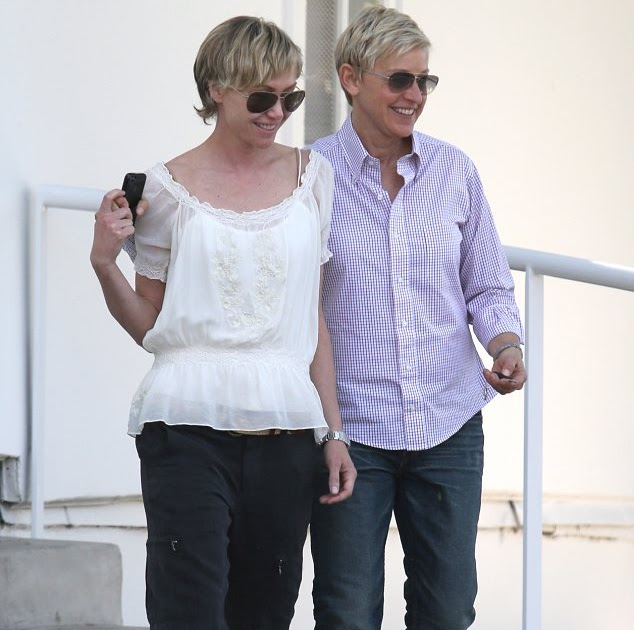 Portia De Rossi Wedding Gown: Iweddingdresses4u.com: They Make Running Errands Look