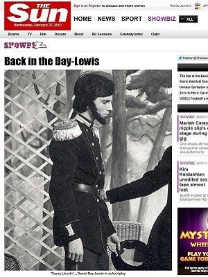 Daniel Day-Lewis em peça de escola aos 16 anos (Foto: Reprodução/The Sun)