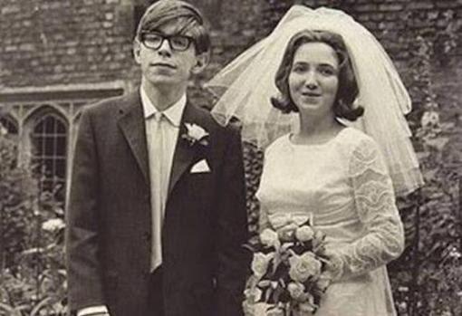 Stephen Hawking junto a Jane Wilde, en 1965