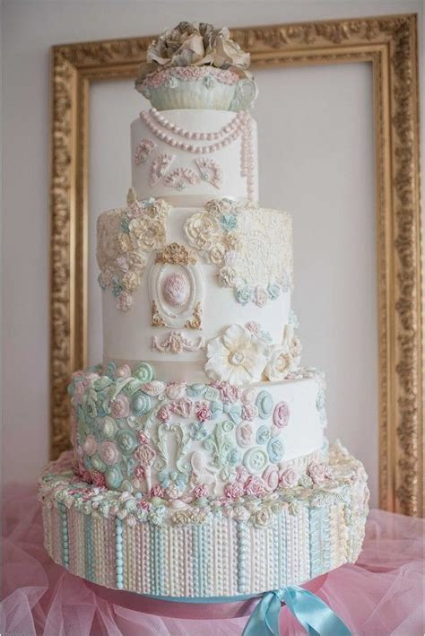 17 Best ideas about Luxury Wedding Cake on Pinterest