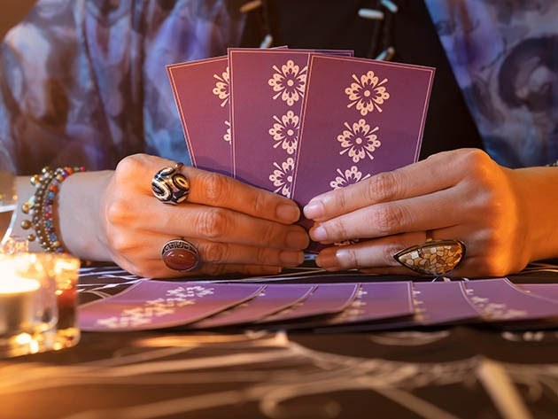 FREE: Intro to Tarot Reading 4-Week Course for $0
