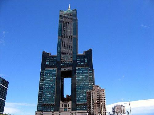 http://www.asiaexplorers.com/pics/kaohsiung-85-skytower.jpg