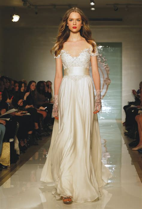 reem acra vintage  sleeve   wedding gown