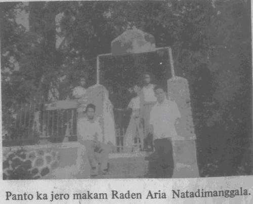 Pintu makam Raden Aria Natadimanggala