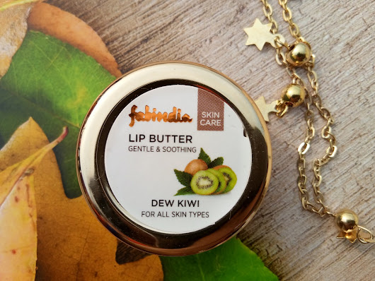 FabIndia Gentle & Soothing Lip Butter Dew Kiwi : Swatches & Review | High On GlossHigh On Gloss