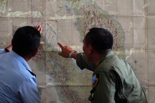 """""""Boa noite"""" foi a última mensagem do voo que desapareceu na Ásia, diz embaixador ATAR/AFP"""