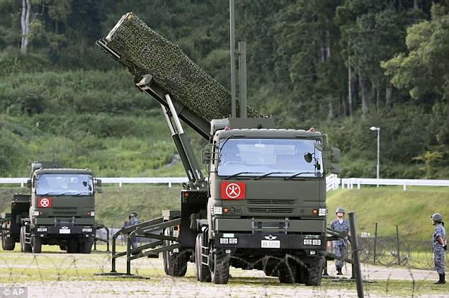 Un intercepteur PAC-3 est déployé dans le complexe d'une garnison de la Force d'autodéfense du Japon à Konan