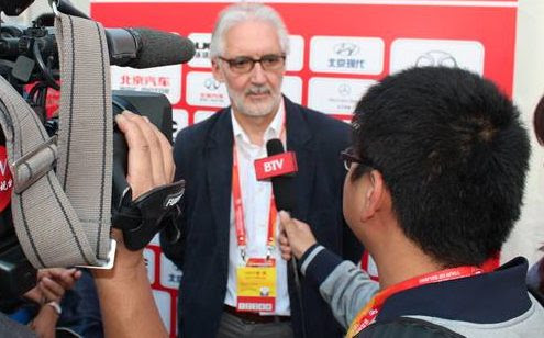 Brian Cookson on Bradley Wiggins and Team Sky