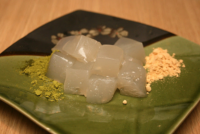 House-made warabi mochi with green tea and roast soybean flour