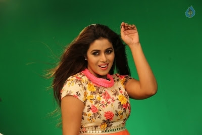 Poorna New Gallery - 18 of 33