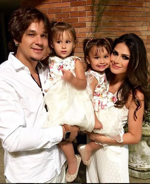 Leandro, do KLB, com a mulher, a apresentadora Natália Guimarães, e as filhas do casal, Maya e Kiara (Foto: Reprodução/Instagram)