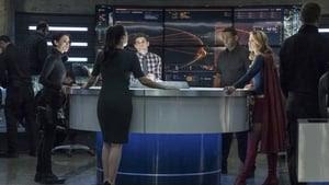 Supergirl Season 3 : Trinity