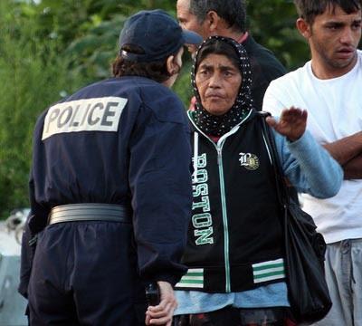 Expulsão de ciganos em Paris, dia 20 de Agosto de 2010 - Foto da Lusa