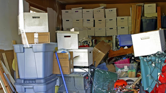 10 Things To Know About Compulsive Hoarding