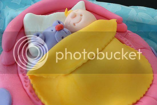 crib cake 3