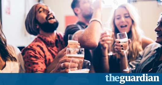 Key to keeping friendships alive different for men and women, scientists say | Science | The Guardian