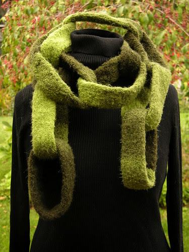 chain scarf 1