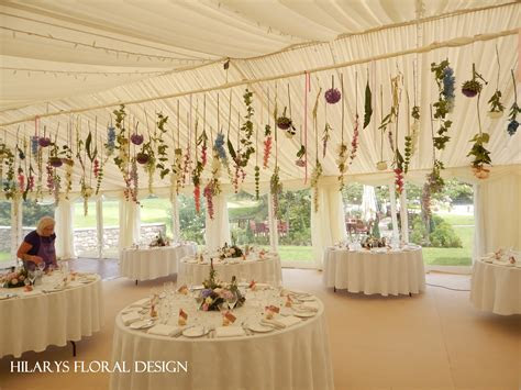 Stunning hanging flower curtain all the way along the