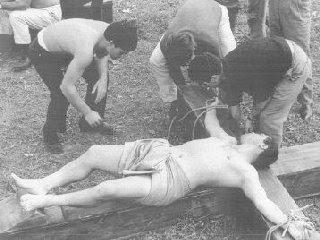 La Ricotta: Crocifissione di Stracci