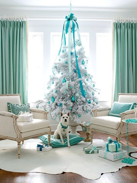 Unique Color Combos and Christmas Decorating Ideas | Elegant Living Decorating | Elegant Living Decorating