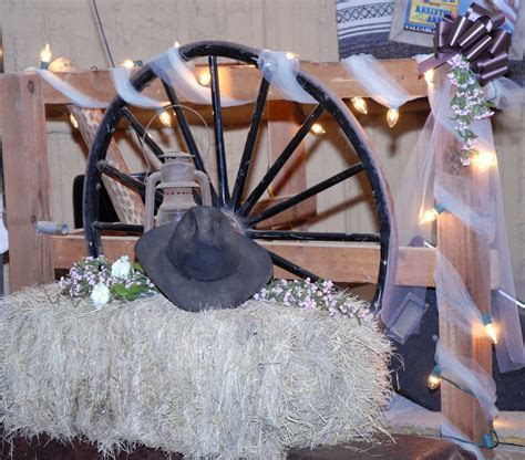Cowboy Wedding decorations   Wedding Ideas   Pinterest