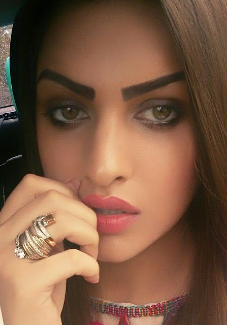 punjabi actress himanshi khurana selfies images himanshi khurana hot