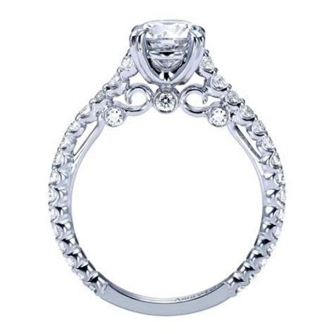 Classic Engagement Ring in 18kt with Peek a boo Diamond
