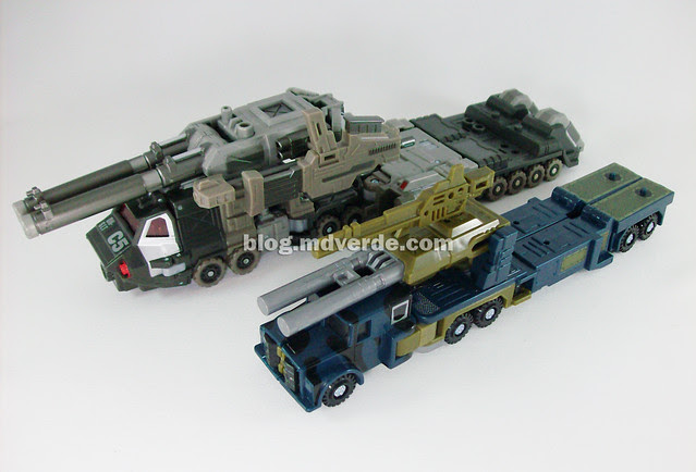 Transformers Onslaught Universe Deluxe - modo alterno de batalla vs Onslaught G1 Encore