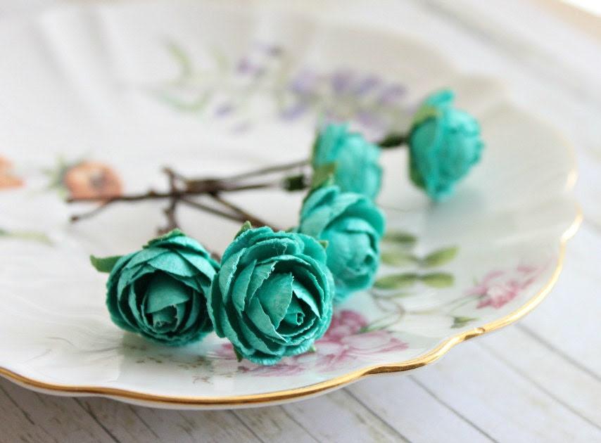Teal Blue Garden Rose Bobby Pins. White Rose, Woodland. Whimsical. Wedding, Summer, Spring, Bridal Hair Clip, Floral, Hair Accessories. - rosesandlemons